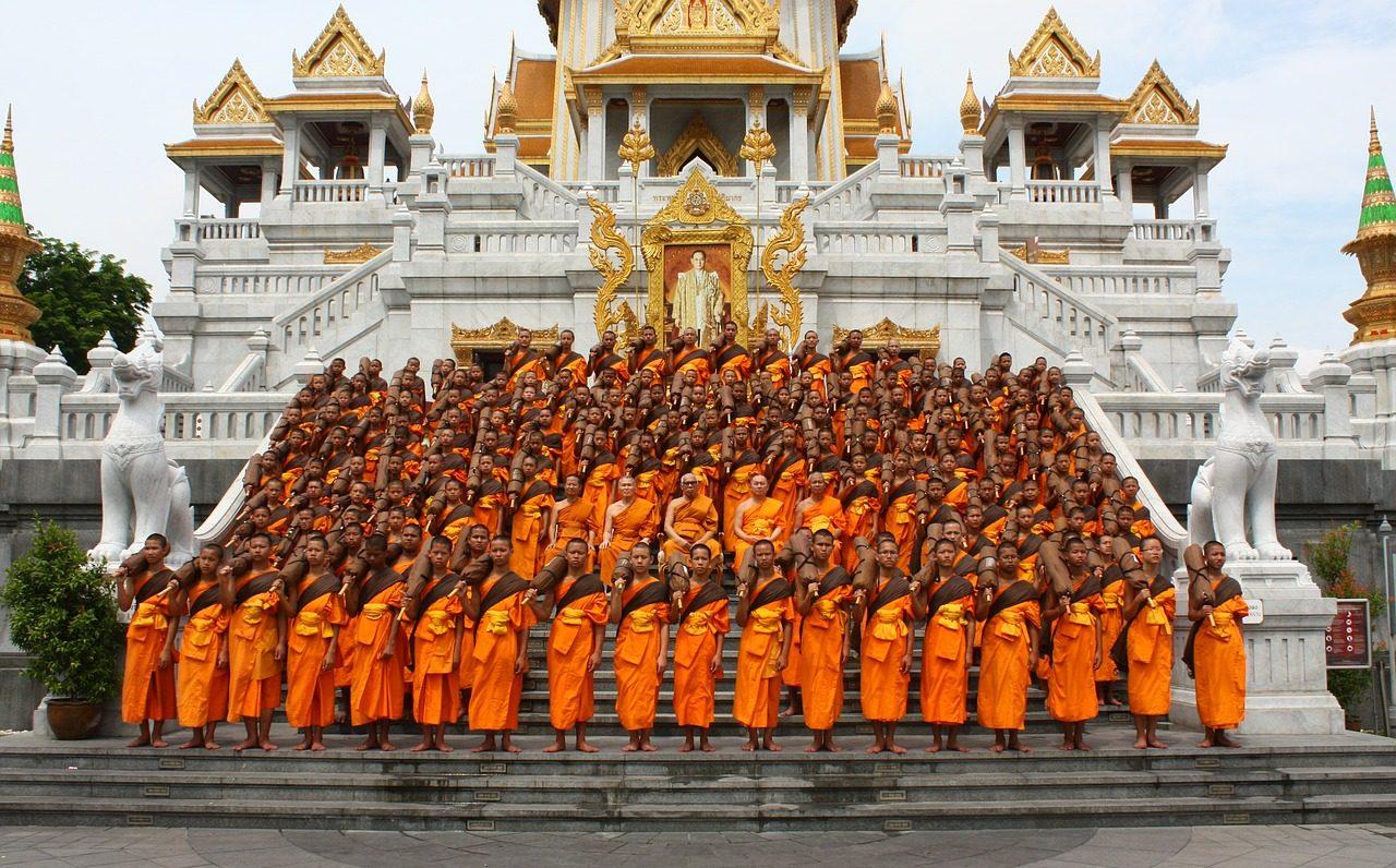 El budismo en el poder y la política de Asia