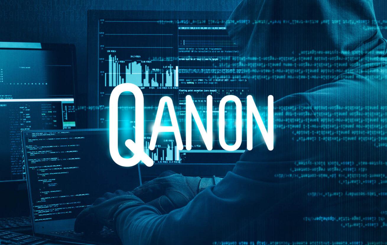 ¿Qué es la teoría de la conspiración QAnon?
